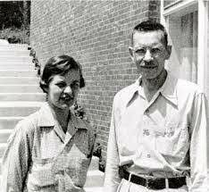Alfred Hershey (1908-1997) y Martha Chase (1927-2003)