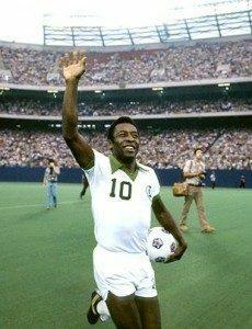 Pelé se retira definitivamente del futbol