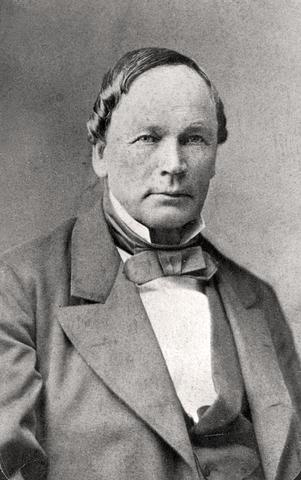 Knud Knudsen (bokmålets far) blir født.