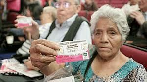 Pensión para adultos mayores de 70 y más.