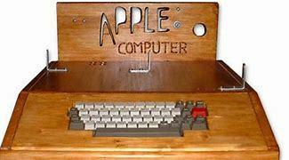 Criação do microcomputador comercial Apple 1