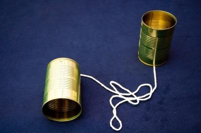 Primer teléfono acústico (mecánico) experimental