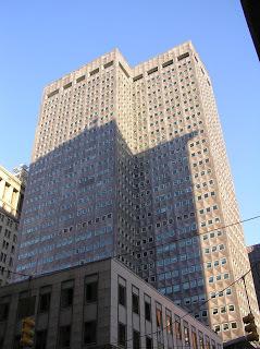 Edificio Alcoa (Pittsburgh) por Harrison and Abramovitz.