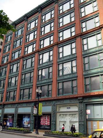 Oliver Building (Chicago) por Holabird & Roche.