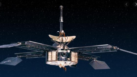 Mariner 4  (Mars Flyby)