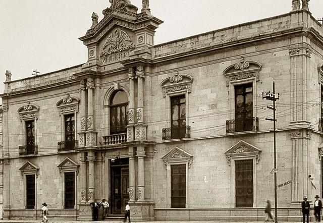 Se crea el Instituto de Ciencias y Artes de la ciudad de México