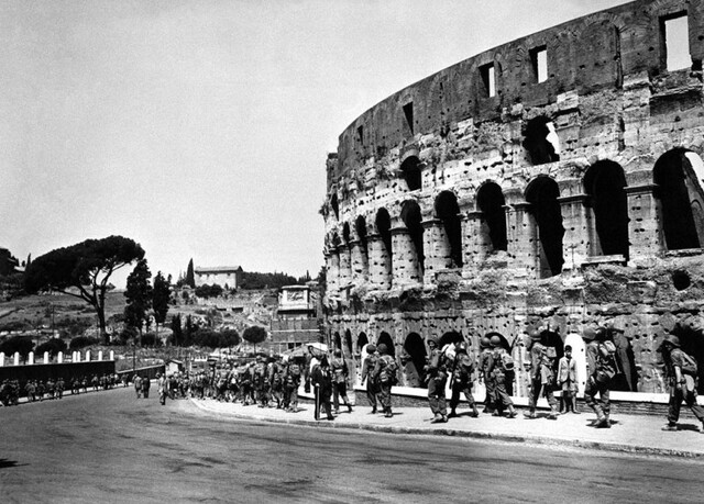 Italy surrenders, but Germany takes Rome