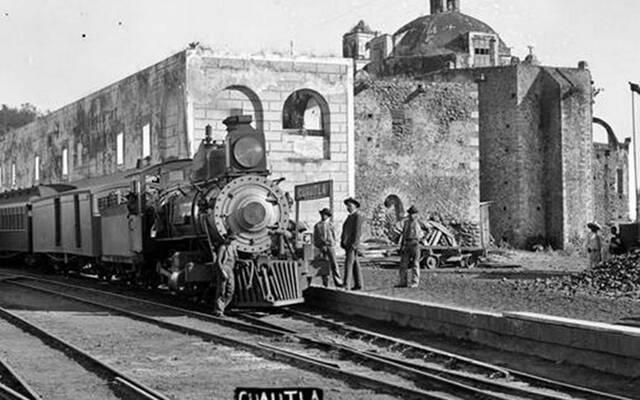 El presidente Manuel González inauguró el ferrocarril México – Cuautla.