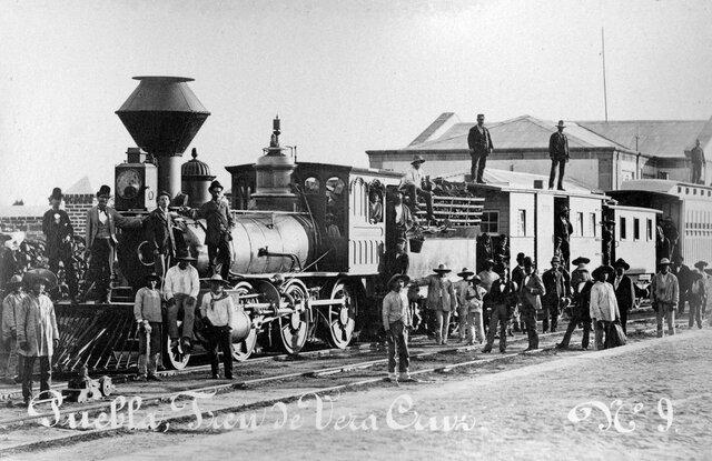Ferrocarriles nacionales de México.