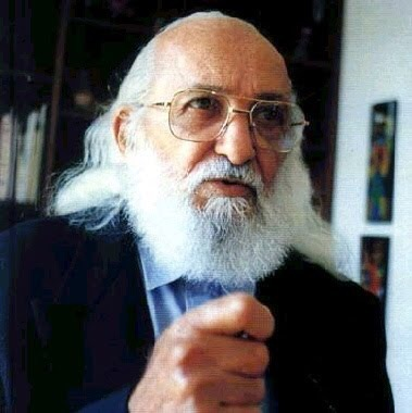 Paulo Freire (1921) PEDAGOGO, FILOSOFO Y PSICÓLOGO