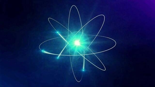 Primeros Átomos de Luz