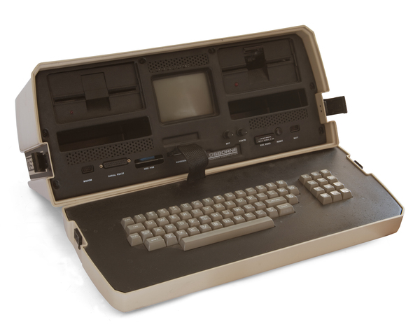 Se crea el primer ordenador portatil