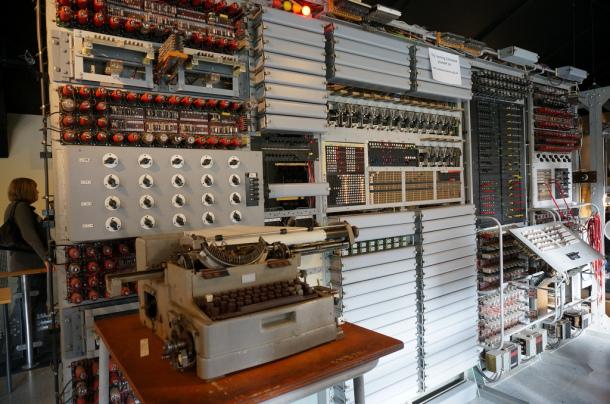 Primeras maquinas electronicas