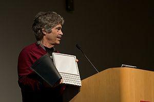 Produccion del primer ordenador personal de la mano de Alan Kay en el Xerox Park