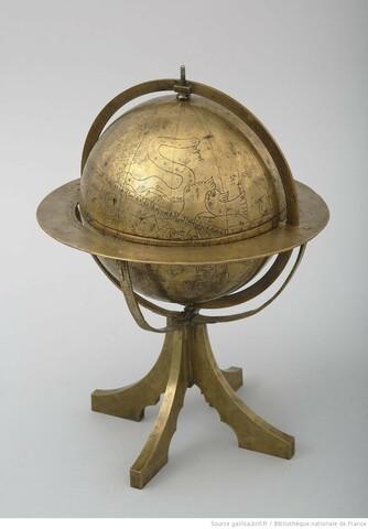 Globe céleste arabo-coufique, construit probablement au Maroc