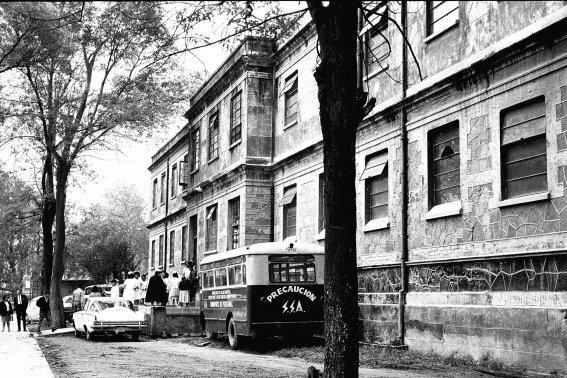 Instituciones de Psiquiatría en México (1ra en EUA en 1870)