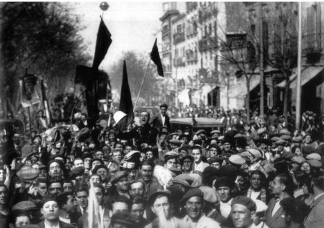 Segunda República. Exilio de Alfonso XIII
