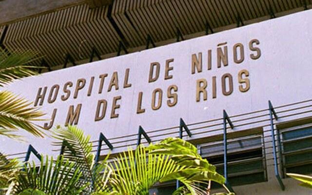 """Comienza la residencia en el Hospital J.M. de los Ríos"""" de Caracas, dirigida por Anita Molina."""