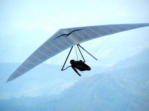 Первый управляемый полет человека