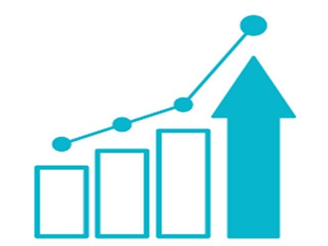 el PIB producto interno bruto creció anualmente en promedio el .7%, El PIB per cápita creció 1.0% anual debido a la disminución poblacional