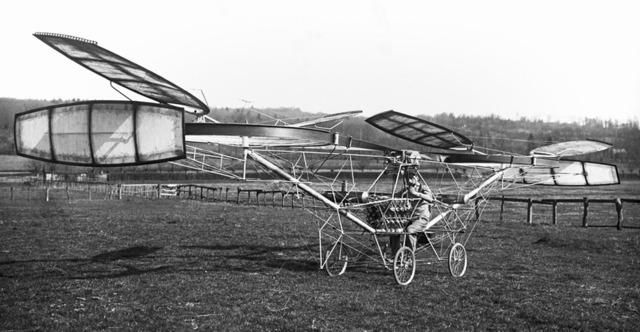 Первый пилотируемый вертолет