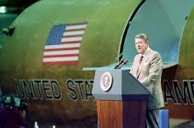 """Ronald Reagan y la  """"Guerra de las Galaxias"""""""