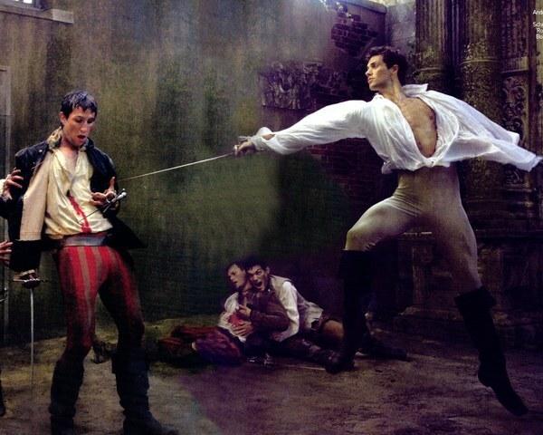 Romeo and Paris fight