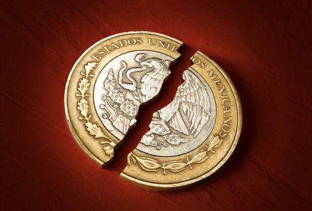 Comienza la devaluación progresiva del peso.