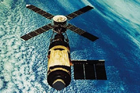 Entra en órbita el primer satélite mexicano