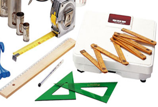 Abbot fabrica los primeros instrumentos de medida geométrica de superficies.