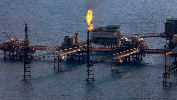 Descenso del precio del petróleo