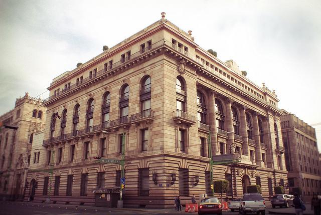 Fundación del Banco de México
