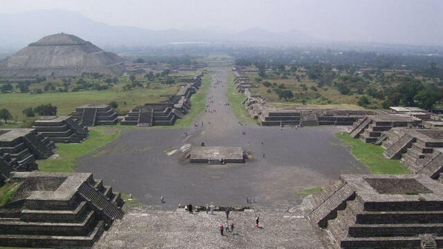 Caída de Teotihuacán