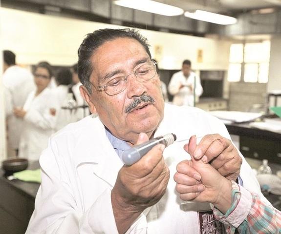 Tinta Indeleble. Ing. Filiberto Vázquez Dávila