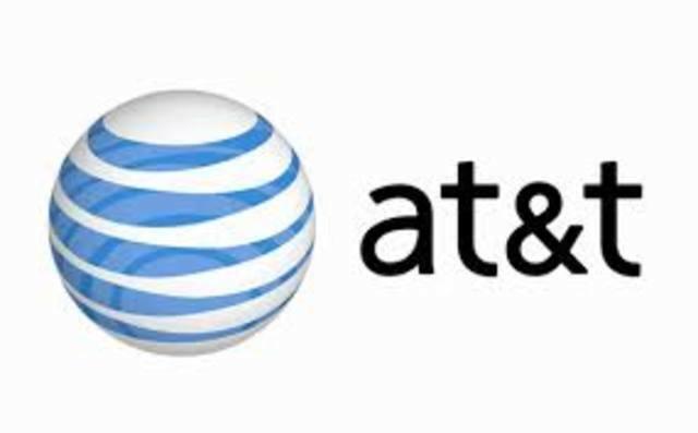 AT&T se divide en siete proveedores