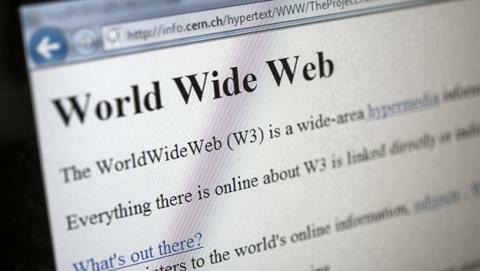 Publicación de la primera web