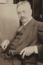 Graham Lusk (1866 – 1932) de Connecticut, estudió calorimetría en Alemania.