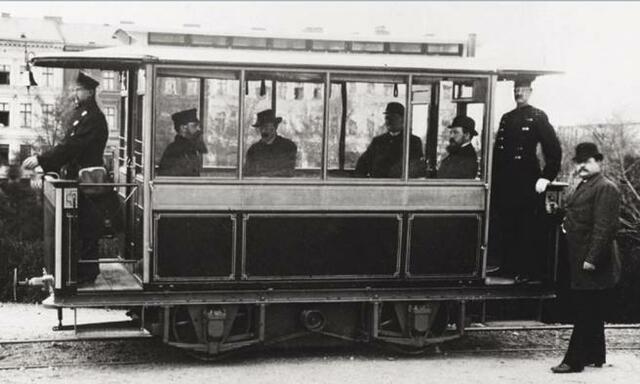 Primer tren (tranvía) eléctrico