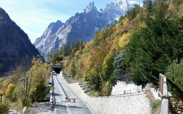 Si conclude il Traforo del Monte Bianco