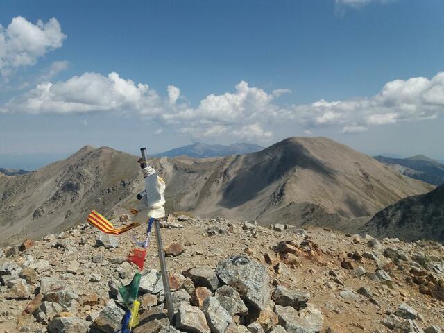 Primer cim bora els 3000 m: El Pic de Bestiments