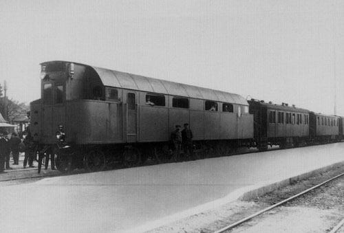 Primera locomotora diésel