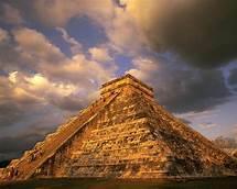 Los mayas abandonan las ciudades y se desconoce la causa