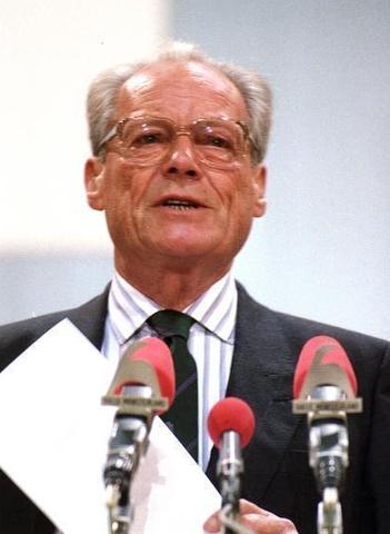 Willy Brandt eletto primo presidente della Repubblica Federale Tedesca