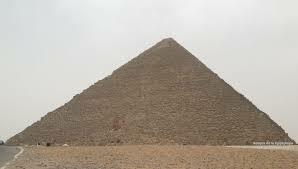 Arte Egipcio. Imperio Antiguo. La Gran Pirámide de Jufu (Keops) en Guiza.