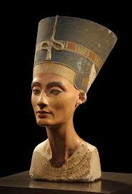 Arte Egipcio. Busto de Nefertiti.