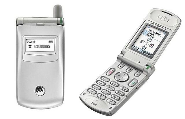 Primeiro telefone com flip- Motorola BlackBerry