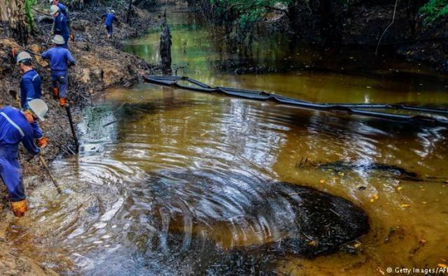 COLOMBIA CONTINÚA CON LA CREACIÓN DE PROTOCOLOS PARA COMBATIR DERRAMES DE HIDROCARBUROS