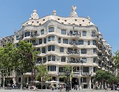 Casa Milà (Antoni Gaudí)