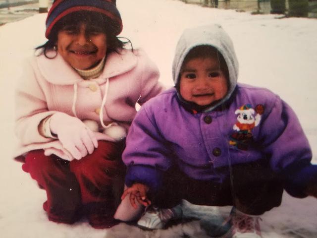 Nieve con hermana