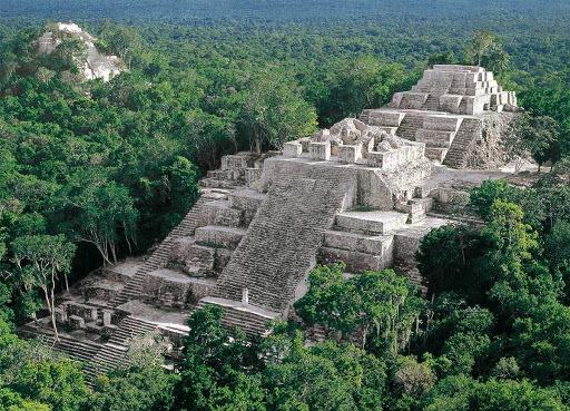 Apogeo de Calakmul ( 250 a.C. y 700 )